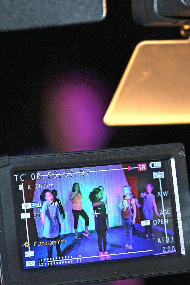 Streetdance kinderfeestje, leuk verjaardagsfeestje met dansles. Vanaf 8 jaar in de regio Almere.